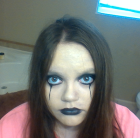 I screwed up my makeup this morning! ughhh :(